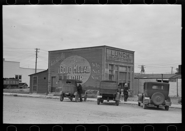 Drugstore, Ray, North Dakota photo by Russell Lee, October 1937