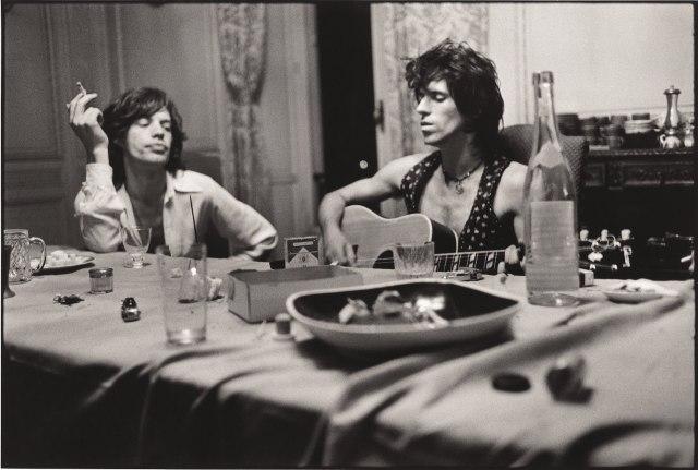 Mick-Jagger-Keith-Richards-Villa-Nellcote-Villefranche-sur-Mer-été-1971